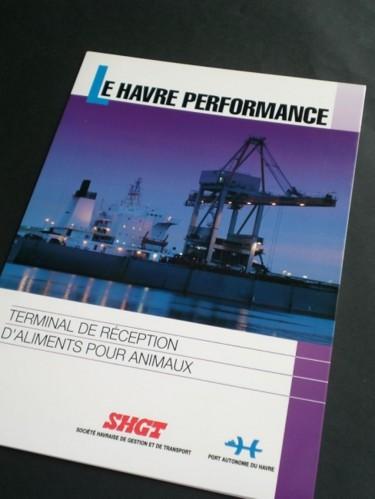 Plaquette institutionnelle d'une agence de logistique maritime (SHGT)