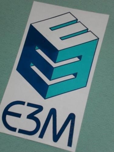 Logo d'une entreprise de menuiserie industrielle du bâtiment