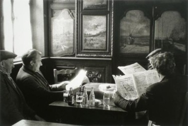 Jour d'hiver au café en Normandie (la lecture)